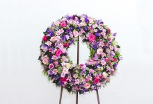 Standing Sprays & Wreaths For Funerals